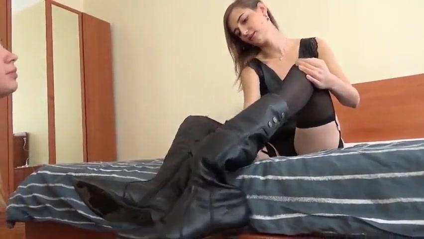 russian mistress use lesbian foot slave Teens ass fingerbanged