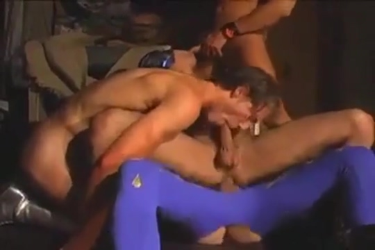 Mexican wrestlers Girl caught on hidden cam
