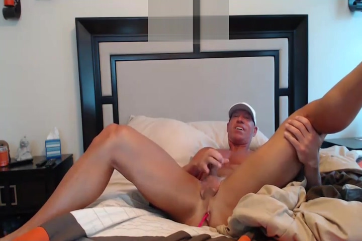 IHFT jerking in bed on cam Fat smelly cum covered pussy