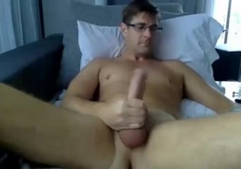 Str8 big daddy watching porn on bed Totally free sex sites for women