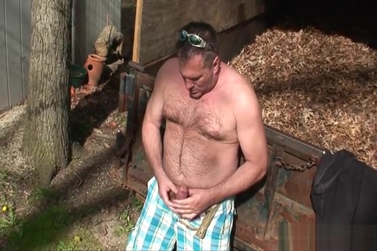 Daddy jerks off after yard work young russian gay video