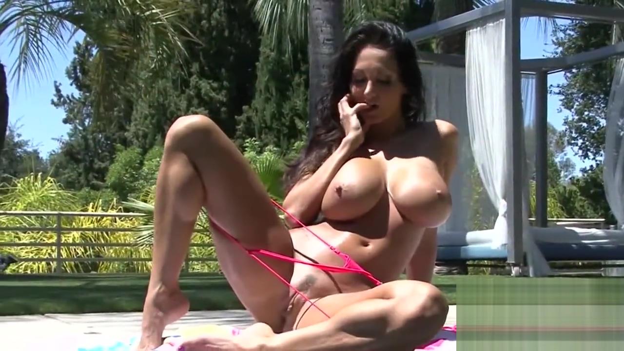 Bikini big busty boobed Shemale Piss Cum