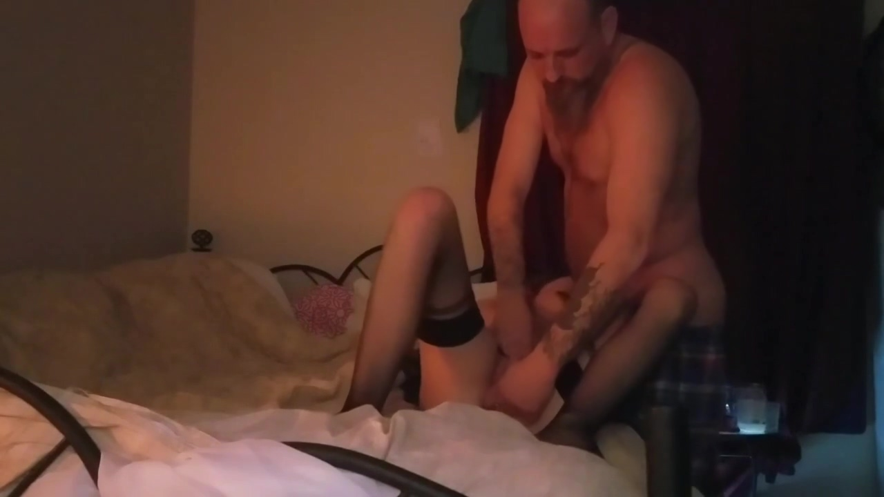 Stretching her tight pussy hd tranny porn videos