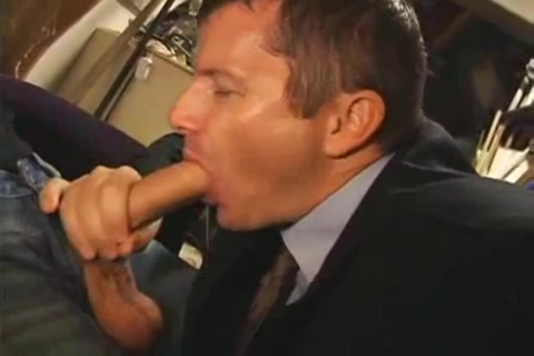 boss sucker in las sex show vegas