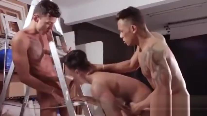 Carlos Leao & Camilo Uribe Bareback Fabio Toba Cute underwear