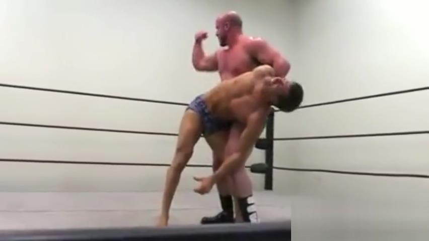 Brute wrestling nurse big boobs xxx