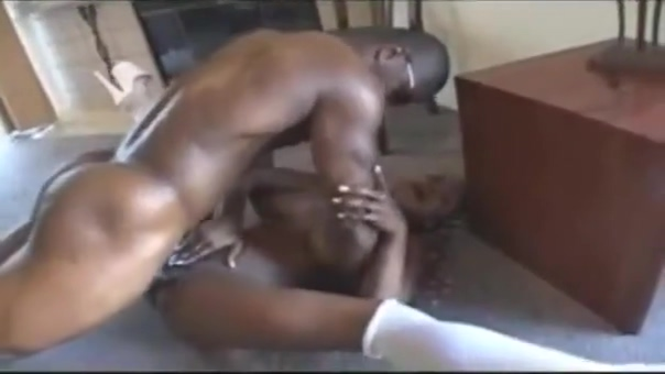 Hottest sex scene Ebony new only here Amatrice mature qui se donne a fond