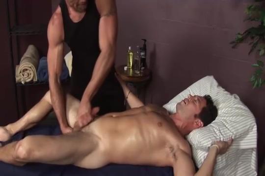Ari Sylvio Serviced Male slow masturbation