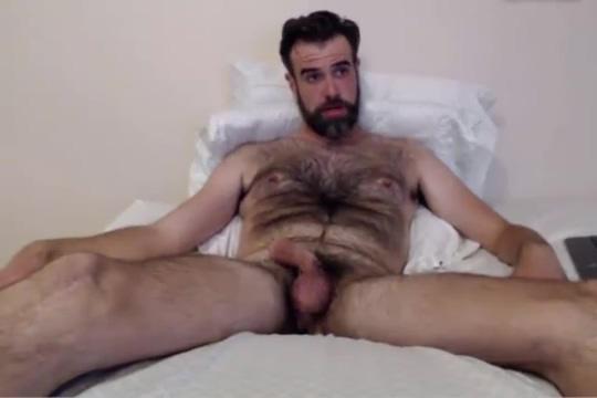 Mature bear Ohmibod Cam Madonna kissing naked woman