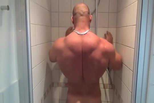Sash Vs Shower Mature women in extreme porn