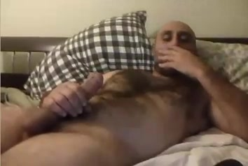 Str8 daddy is big and horny ll Amateur Anal Home Videos