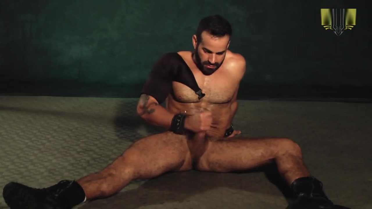 Brenno Santiago kink sex slave party beach bikers porn tube video