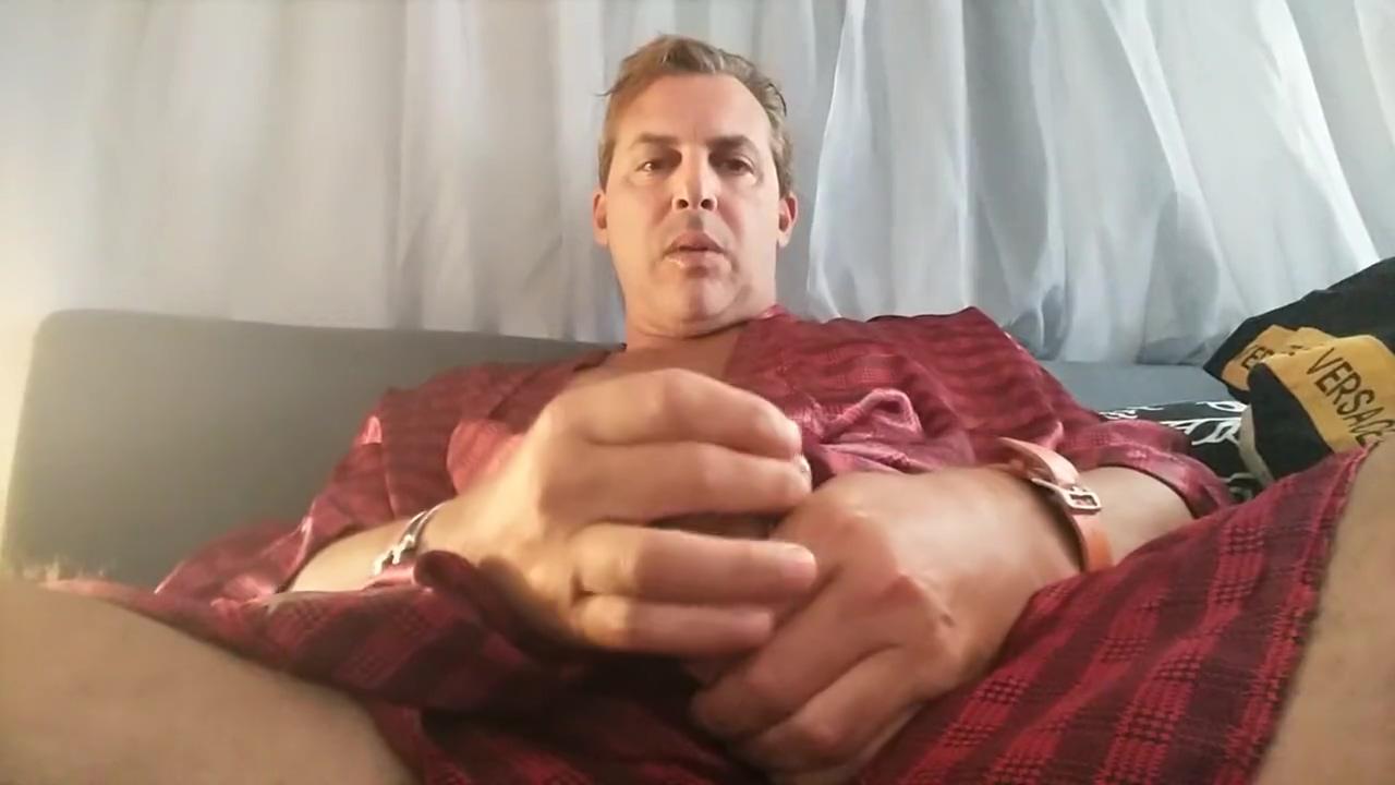Famous male celebrity NUDE HOT DILF Cory Bernstein Masturbate Cock CUMSHOT Lingerie womenanal sex