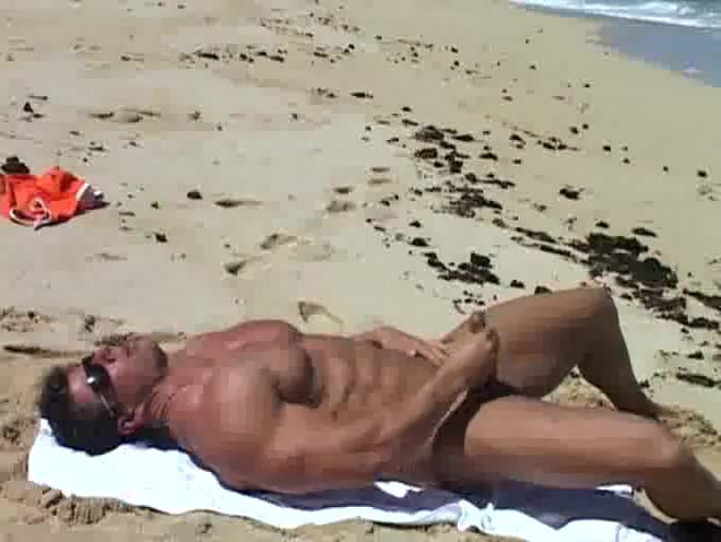 Zeb at the beach Huge ass fucking video
