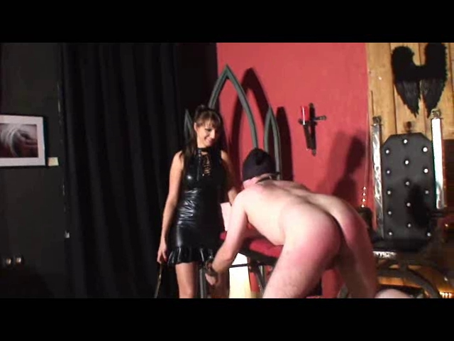 Whipping, caning, beating Indian painful sex