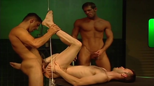 Three-way: Nickolay Petrov, Brett Matthews Dean Flynn Mp Xxx Video Hd