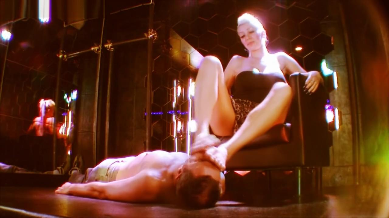 Jennyfer Cruel - Feet and Shoes Worship Liking - Sadika Sasha alexander fakes