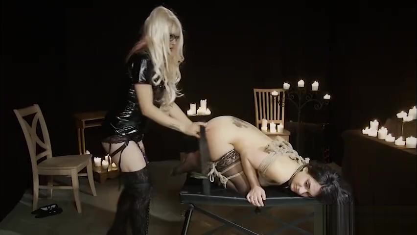 BDSM Orgasmic Fun For Blonde In Cage With Toys And Machines