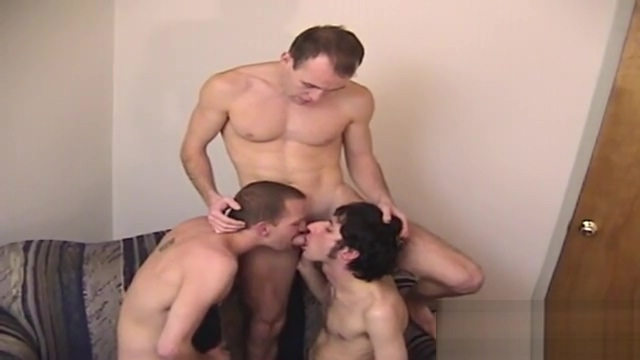 DOING WHAT HOT STRAIGHT GUYS LOVE TO DO WITH EACH OTHER!!! Wife swapping in Bergamo