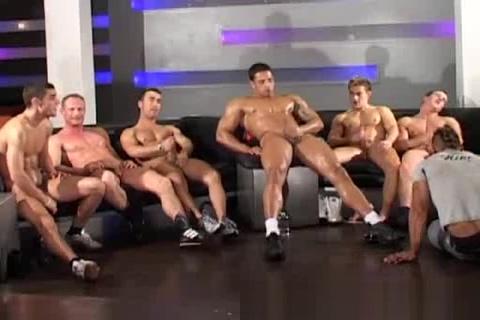 Crazy Wank Party Part 3 Twerking video naked