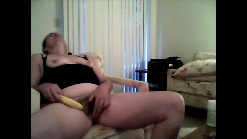 Wanking with banana