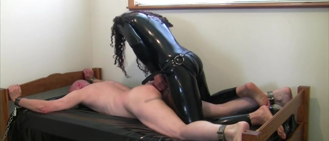 Latex suit mistress fucking slave with strapon Modern dating in your 30s