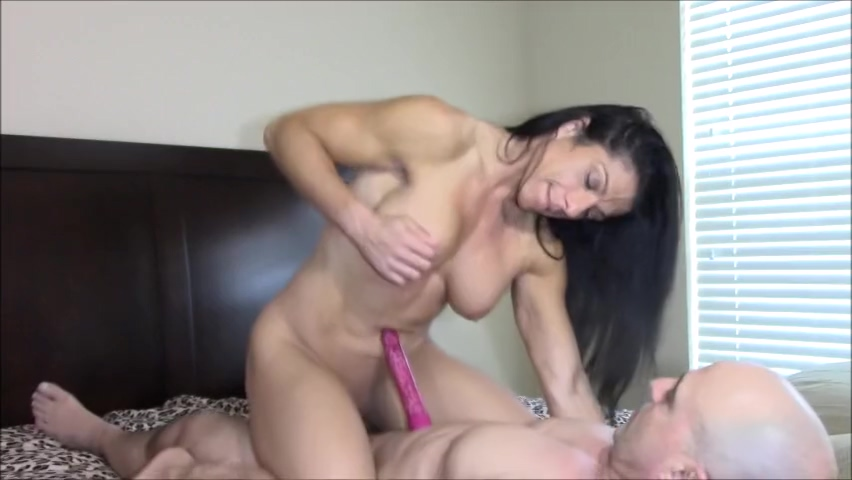 Dildo play while fucking kim kardashian sex por