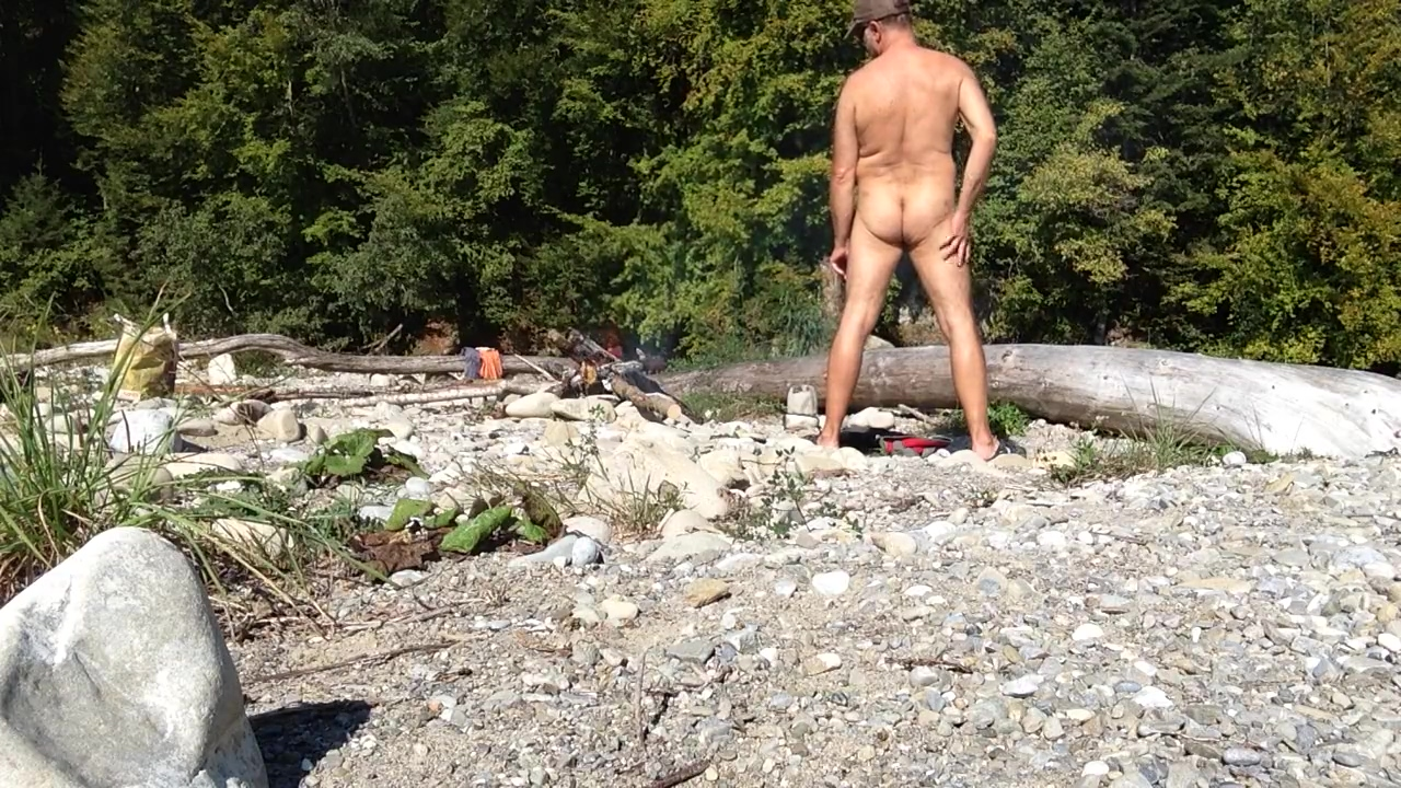 uncut nudist dude in the wild Just looking for someone real in Bydgoszcz