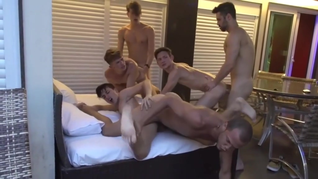 Aa Vid - Gay Boys Party Two amazing stunners finger each other hard