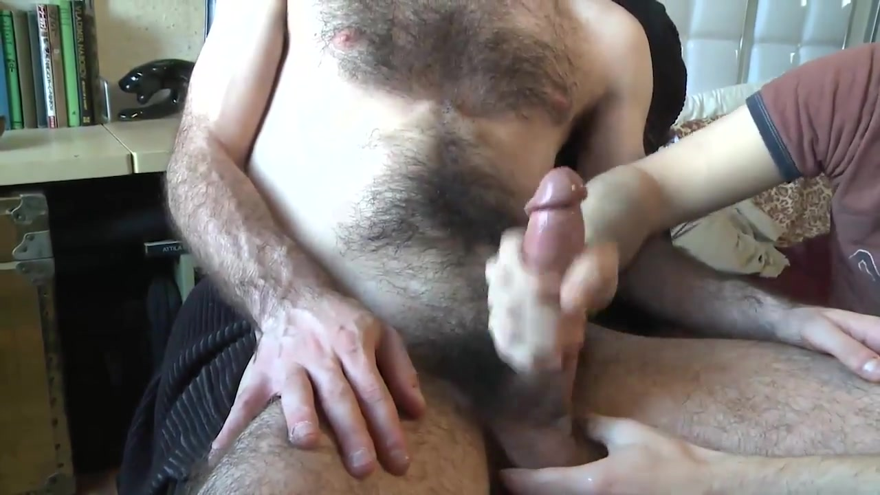 hairy jerk off Pussy in mainstream movie