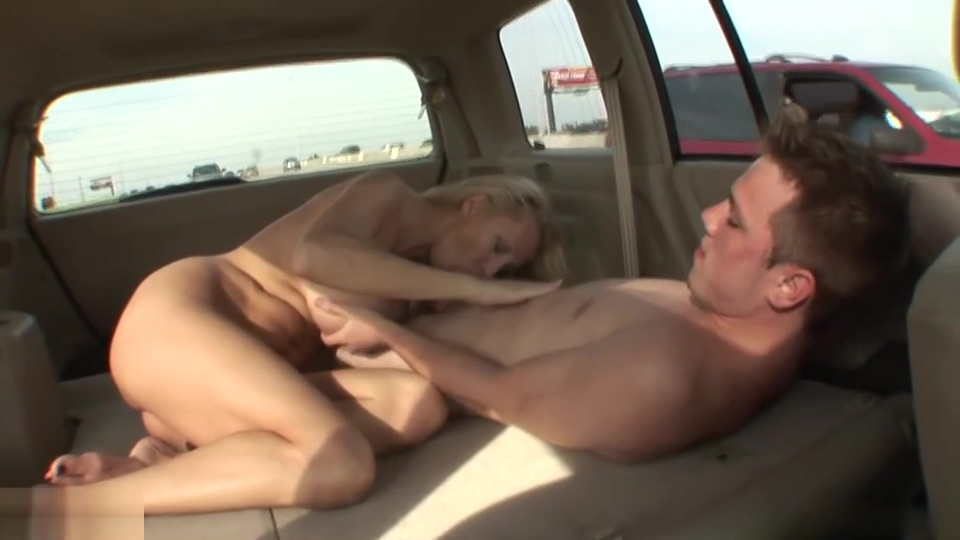 Blonde MILF with juicy tits sucks guys tool in the car Full Sixe Videos