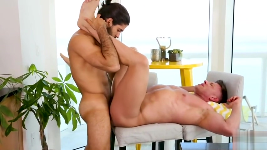 DIEGO SANS BRUCE BECKHAM - TASTE TEST Hot fucks in Bosnia and Herzegovina
