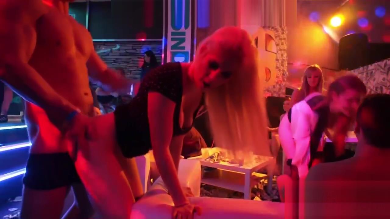 Hot nightclub orgy featuring ravishing Euro babes cute babes sex galleries