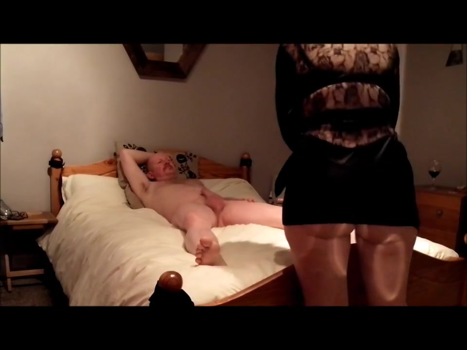 British 32-yo Ex-GF - a celebration of her big ass
