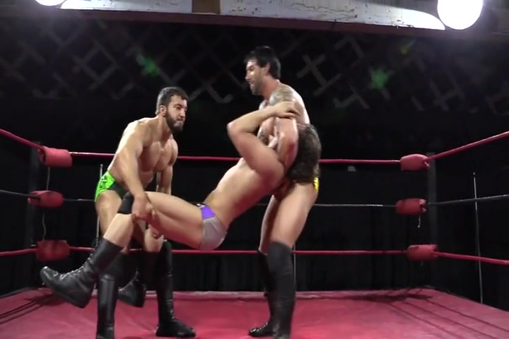 Two on one wrestling Craiglistsex