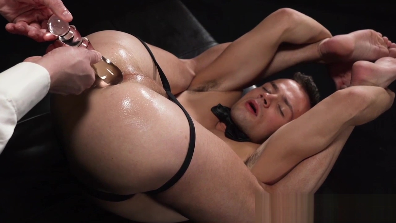 Twink has cock jerked off in fetish auction after anal play iraqi women get fucked