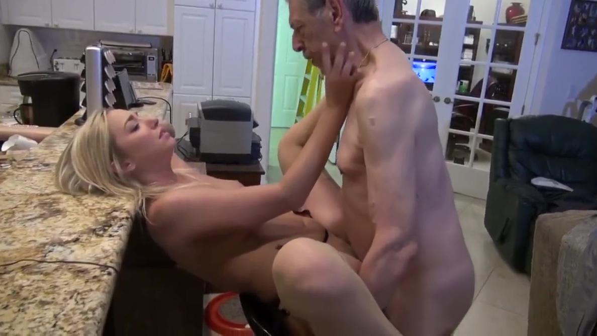 Nice blonde girlfriend spent a sexy weekend with grandpa Masajes en orange california