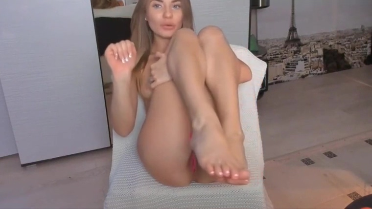 Pretty Sexy Girl Playing With her Pussy moms boyfriend forces daughter to fuck