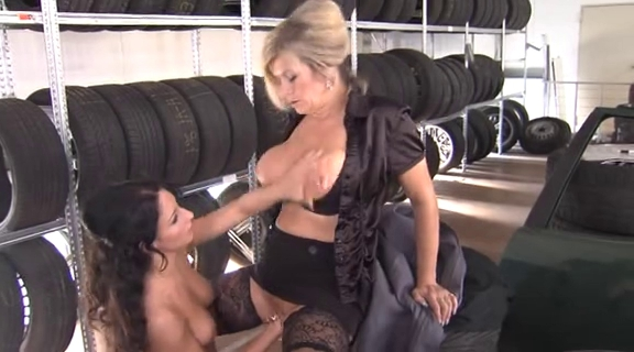 Breasty older Marina Montana enjoys getting fisted.....