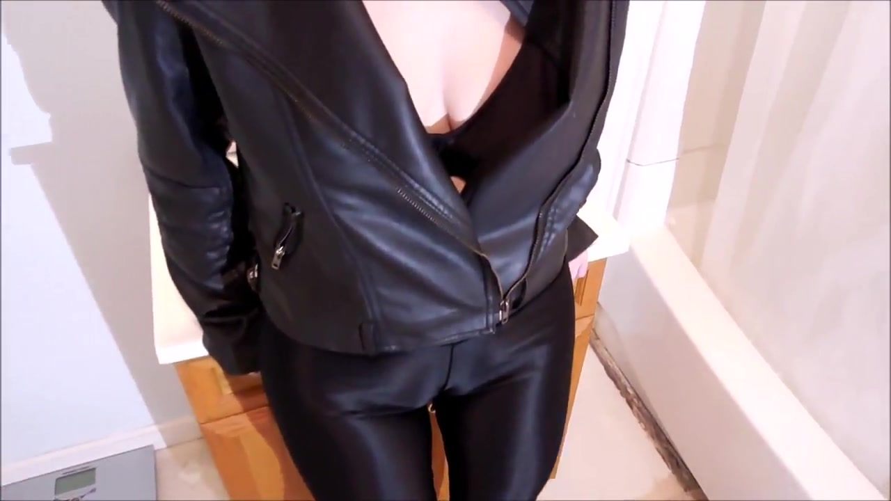 Spandex Angel - Camel toe grind Natural tits stockings fuck