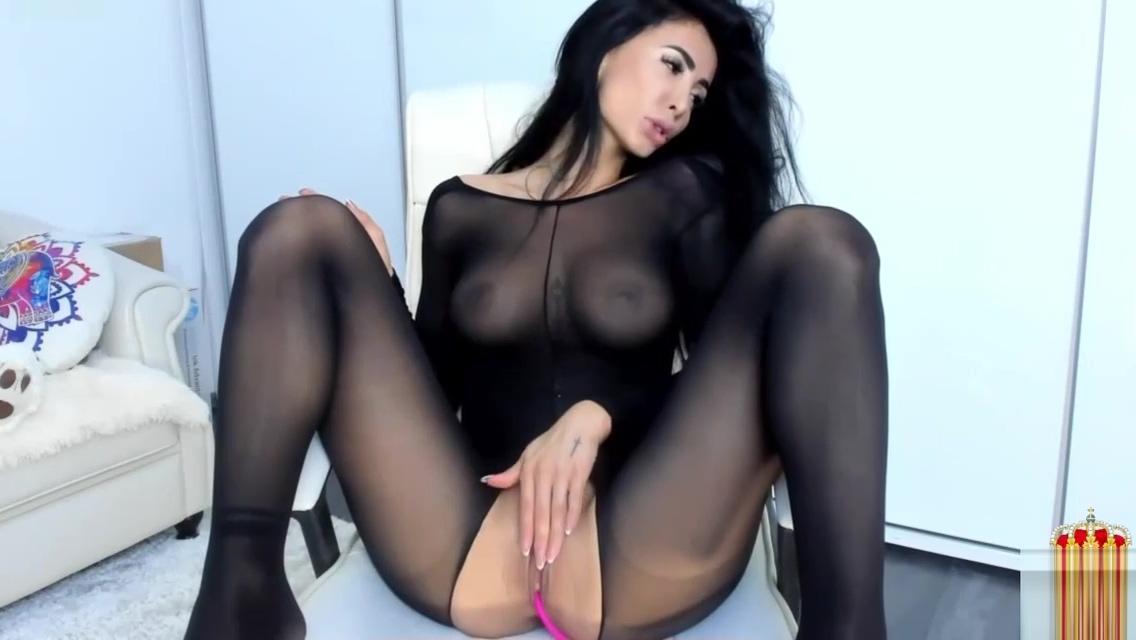 Horny Busty Brunette Hoochie Hottie Masturbating - XCAMSGRAM.COM Worlds fittest women naked