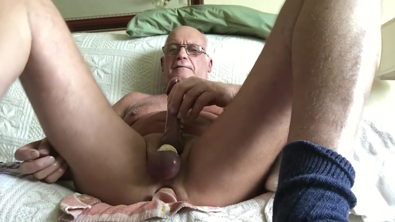 Daddy shoots l o a d s Girls front pussy pics