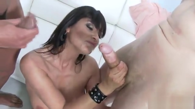 MILF slut Airtight Real huge tits wife