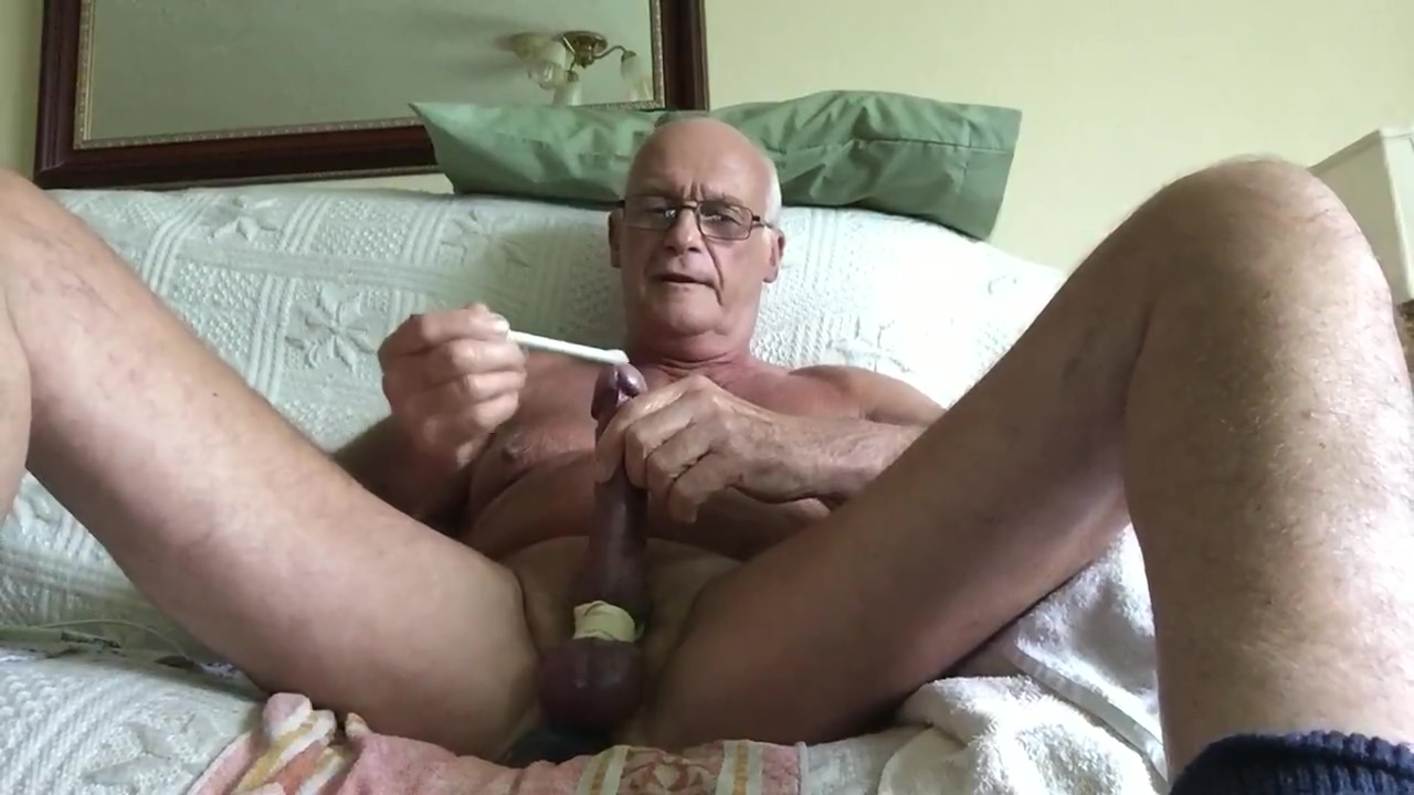 Daddy loves a bit of pain yummy Sexy 19sex
