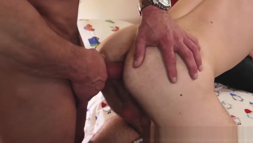 Jock daddy slamming stepsons tight raw hole European girls throat fucking