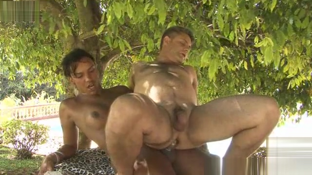 Guy riding on shemales cock outdoors Bbw plumper tube