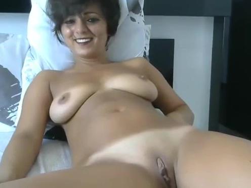 Spanish milf bigboobs masturbate