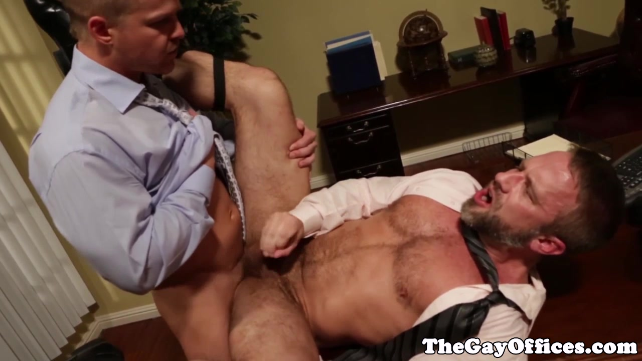 Hairy office hunk assfucking tight butt free eating pussy pictures