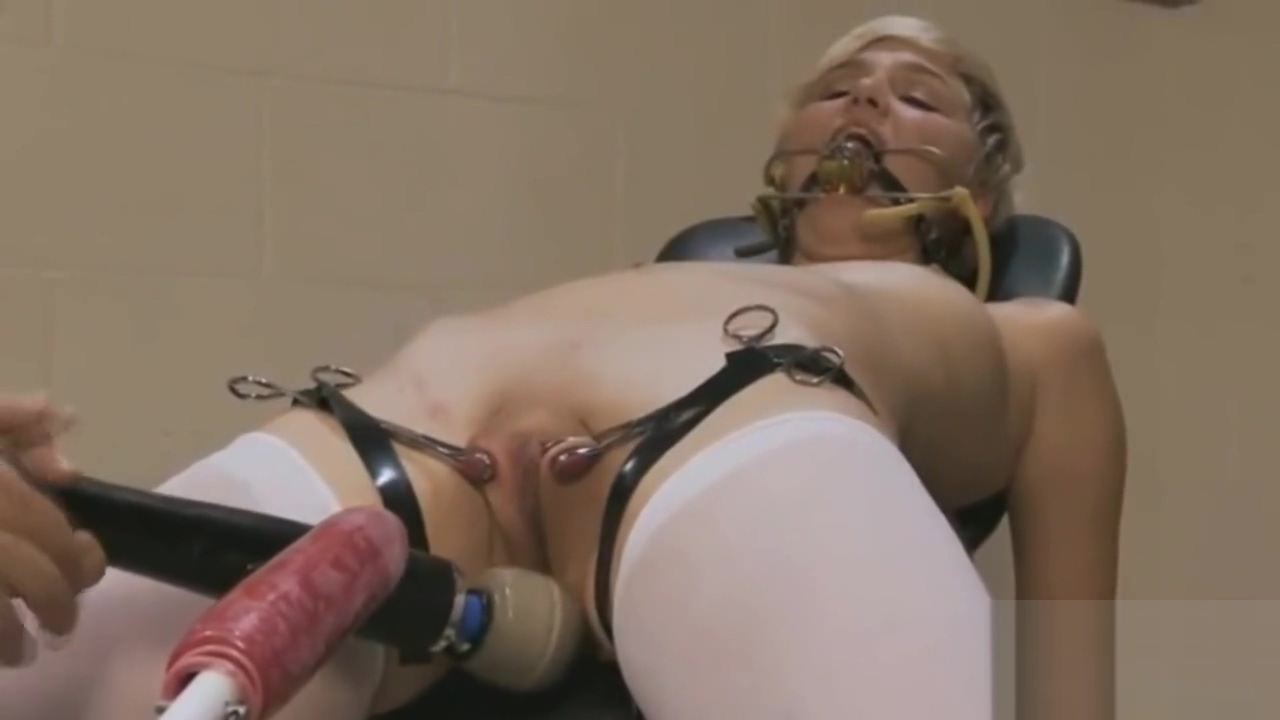 Chloe Camilla get drilled by Fuckmachines