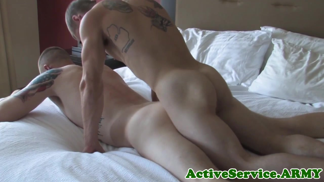 Tattooed military stud assfucked Sexy amateur first time anal sex on cam